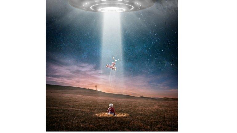 bimbo rapito dagli ufo