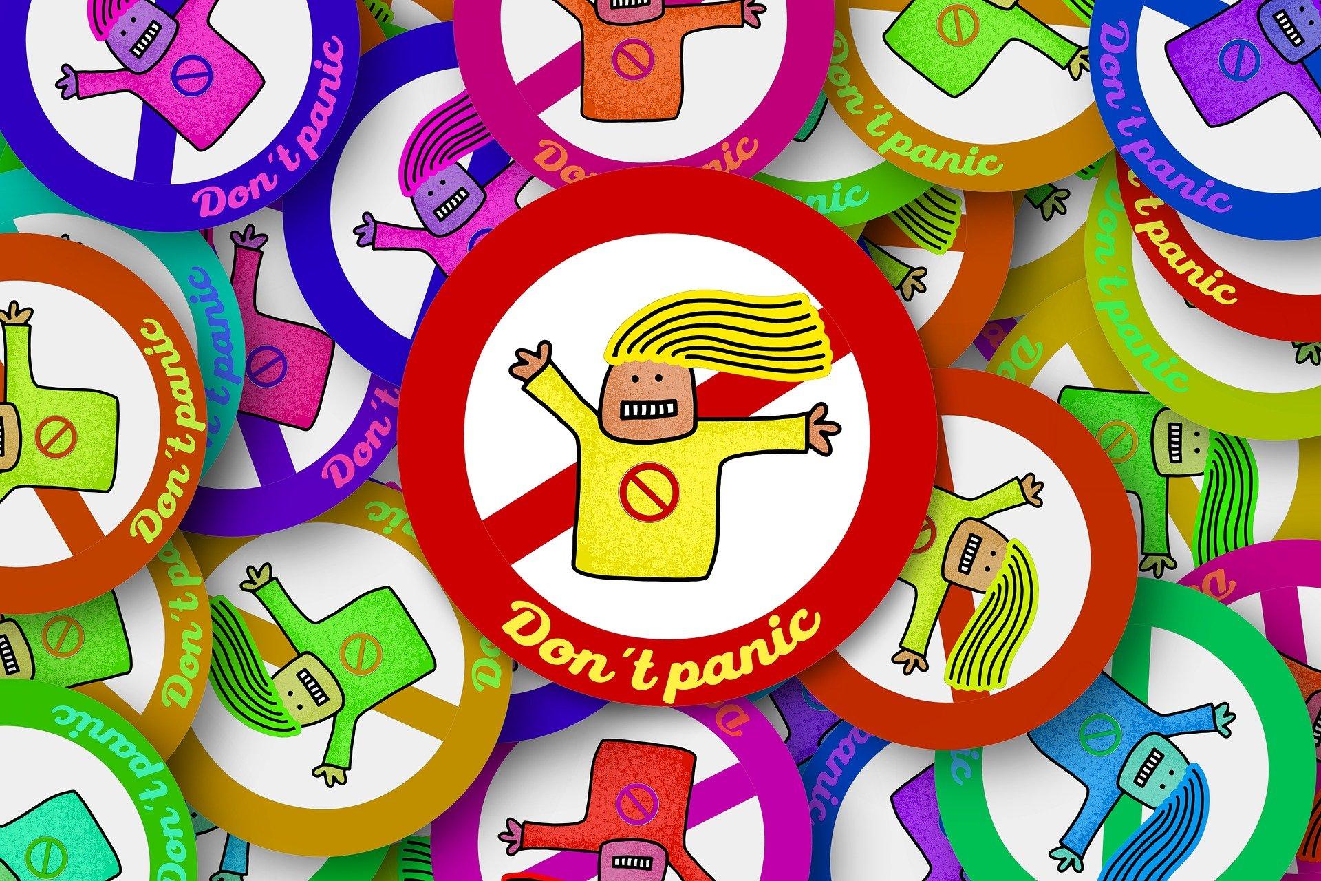 adesivi colorati con persona stilizzata vietato andare in panico