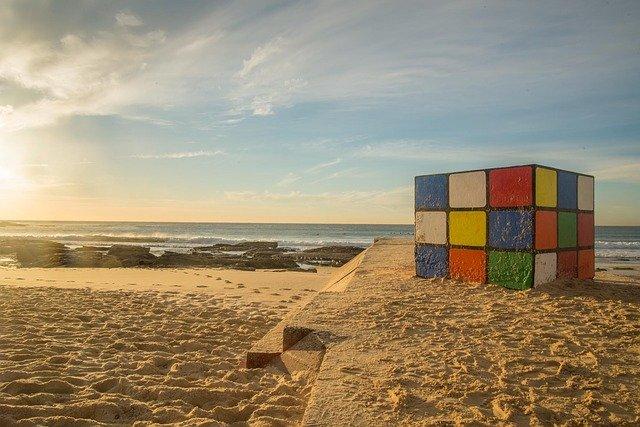 Un cubo di Rubik da risolvere